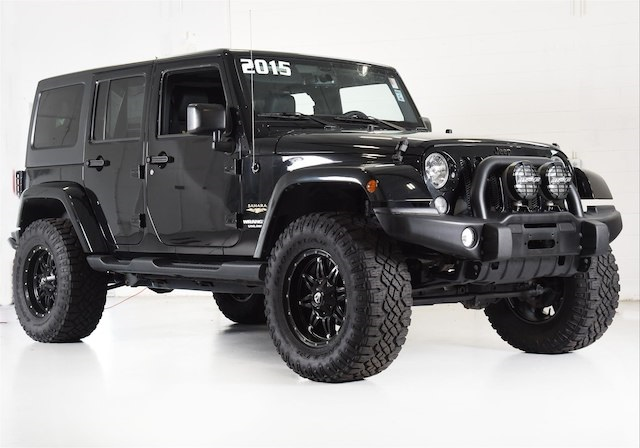 Captivating Pre Owned 2015 Jeep Wrangler Unlimited Sahara