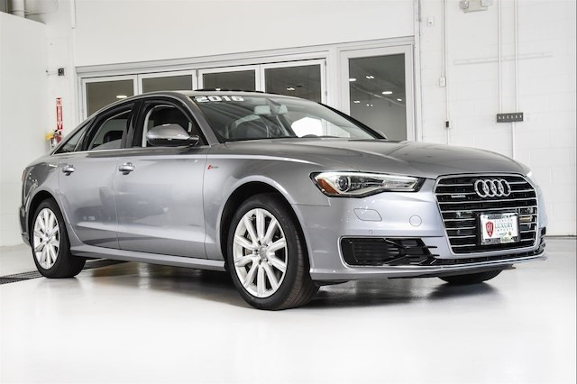 PreOwned Audi A T Premium Plus D Sedan In Glenview - Pre owned audi